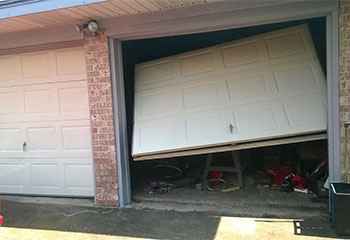 Garage Door off Track | Garage Door Repair Buffalo, MN